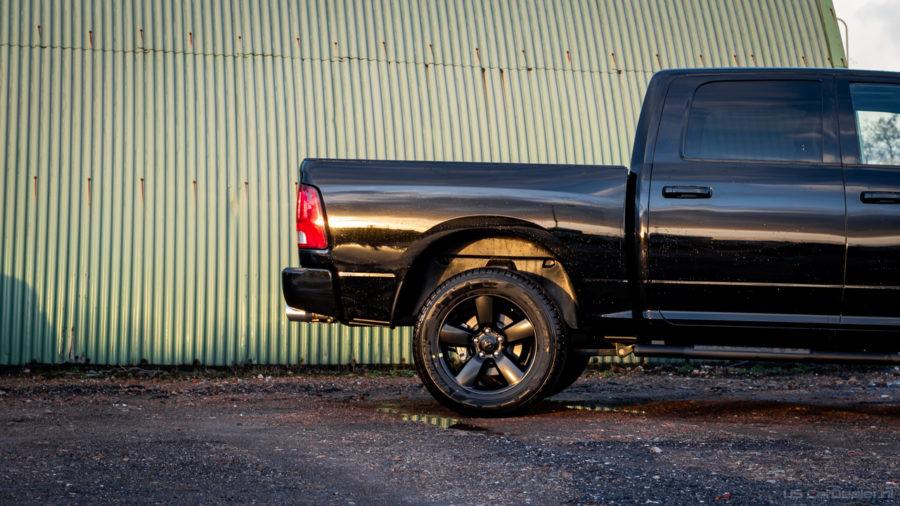 | Night Edition (5drs) V8 Crew CAB