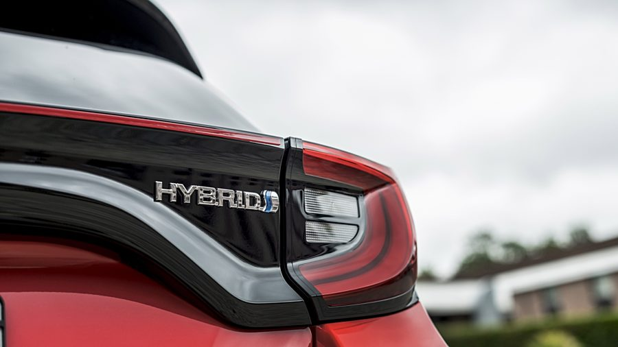 | 1.5vvti hev dynamic 85kW cvt aut. (5-drs)